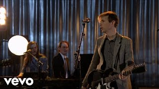 Beck - Waking Light (Live on The Tonight Show)