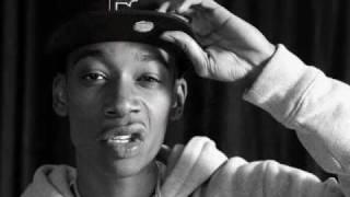 Wiz Khalifa - Roll Up (Remix) [feat. Childish Gambino & Joe X] HOT/2011