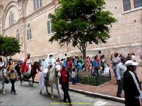 2012 Ecuador   Cuenca, Fête des Enfants, G, Catedral, Procession Finale, Epiphanie