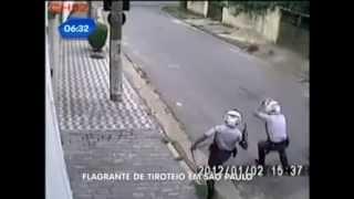 Perseguição, troca de tiros e morte de bandido (ROCAM/SP)