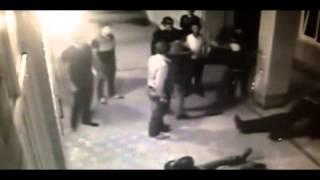 俄版 葉問 護妻秒殺古惑仔 !!! 拳擊手1擋10 護妻擊退暴徒