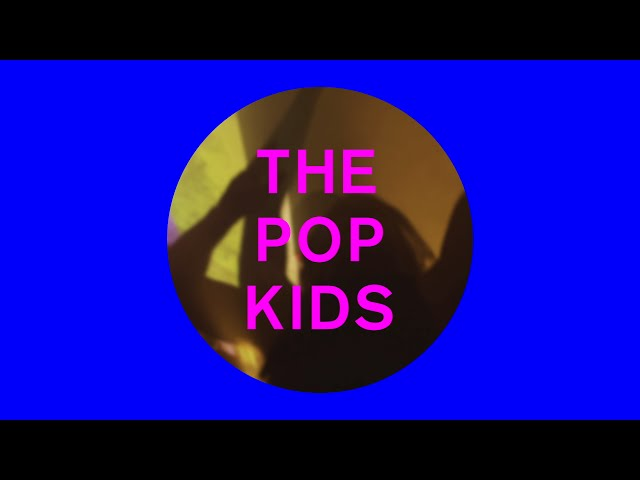 Videoclip oficial de la canción The Pop Kids de Pet Shop Boys