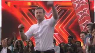 Dermot O'Leary Dances to Saturday Night by Whigfield at The X Factor 2012 Auditions