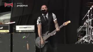 Skillet Feel invincible Live 2016 Belgium
