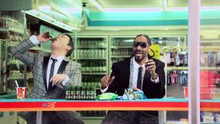 Psy - Hangover feat. Snoop Dogg synced with David Dundas - Jeans On