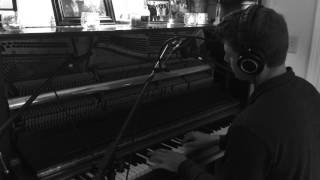 Everglow - Coldplay (LIVE Radio Single Version)