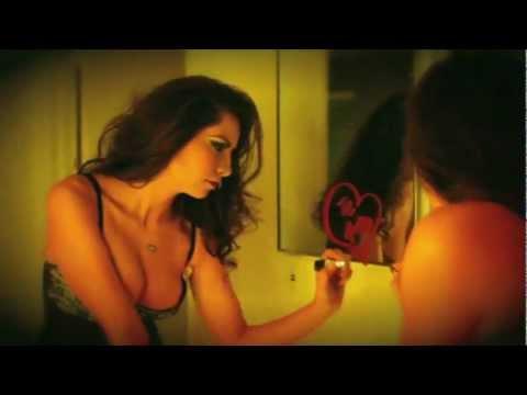 Me Duele Que No Estas de Emiliano Conde Letra y Video