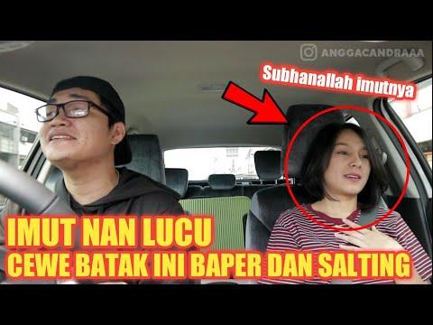 Download Video PRANK TAXI ONLINE #5 !!BAPERIN CEWE BATAK IMUT NAN LUCU SUBHANALLAH!! HORASS MEDAN