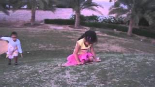 Salma & Qais 022+Father And Son - Rod Stewart.avi