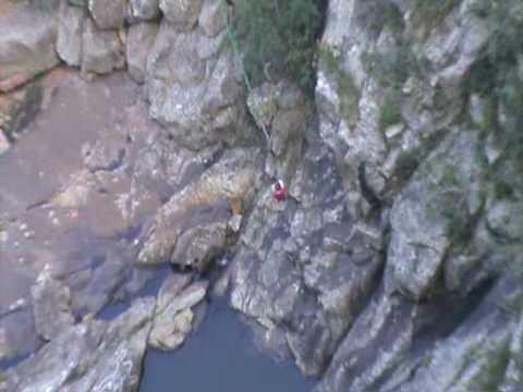 100m gorge jumping