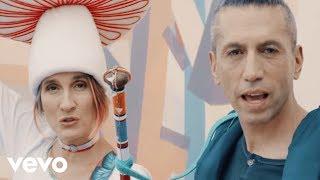 Aterciopelados - Play (Video Oficial) ft. Ana Tijoux