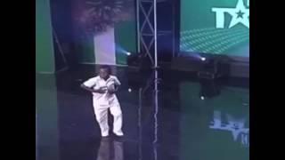 BLACK KID DANCING (VINE)