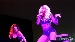 Tamar Braxton performing 'Hot Sugar' Live at FSO