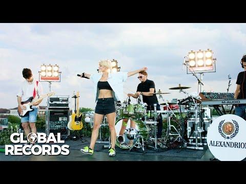 Lori Ciobotaru - Thrift Shop / Don't Let Me Down | #WeGlobal Live