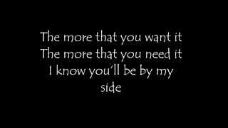 In the heat of the moment - NGHFB - Lyrics