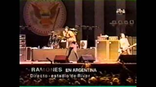 Ramones - Sheena is a punk rocker (Live Argentina 1996)