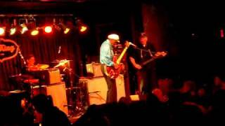 Chuck Berry - RIP -Johnny B Goode Live NYC 2009
