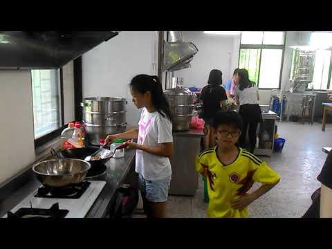 花蓮縣中正國小403班親會食農教育及米食製作搓湯圓和包菜包體驗 5 - YouTube