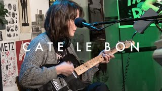 "Cate Le Bon - ""Wonderful"" (Live on Radio K)"