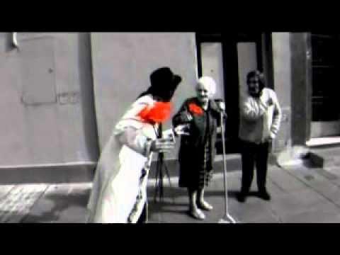Extrano Ser de Man Ray Letra y Video