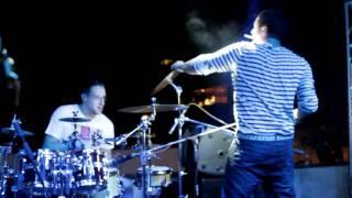 Dirty Vegas - Pressure [LIVE]