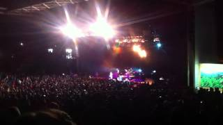 Weezer - Island In The Sun live at Freedom Hill in Sterling Heights, MI 09/12/2015