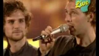 "Coldplay Win ""Best Song"" at 2005 EMAs"