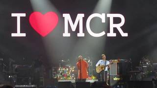 Liam Gallagher & Coldplay - Live Forever (Live at One Love Manchester)