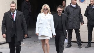 Anna Wintour, Pamela Anderson and more at Chanel Fashion Show in Paris