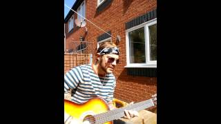 Nautical Moke- An Ocean Apart (live acoustic)