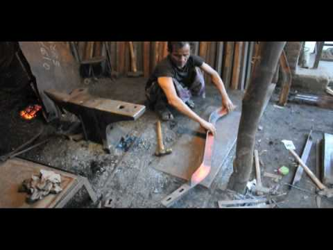 Dhaka Metalwork – Blacksmiths 01.mov