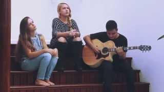 Holy Spirit | Santo Espirito - Jesus Culture (Cover by Kelly Halluch & Raysa Stecca)