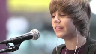 Justin Bieber - Favorite Girl (Acoustic) Live MTV 2009 HD