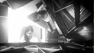 "Katalin Zsubrits plays ""Kashmiri Song"" - Piano solo version (live)"