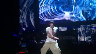 [illHype.com] Eminem - I Need A Doctor (Live at G-Shock 30th Anniversary)