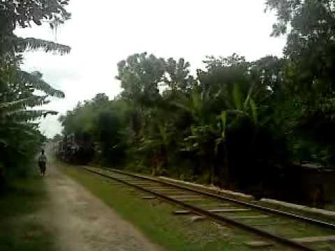 Bangladesh Railway Goalondo ghat [via Rajbari] to Poradah Junction shuttle train .mp4