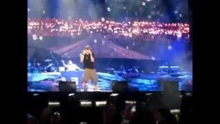 EMINEM LIVE ABU DHABI 04.11.12 - STAN