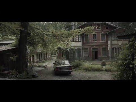 carpark-north-32-feat-stine-bramsen-official-video-musikdk
