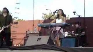Asobi Seksu - Then He Kissed Me (Live at McCarren Pool)