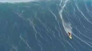Worlds biggest wave ever surfed