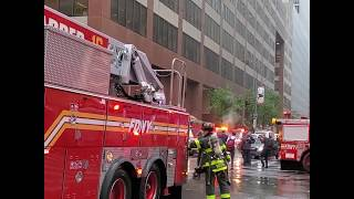 Helicopter crash lands on top of New York City skyscraper | ABC News