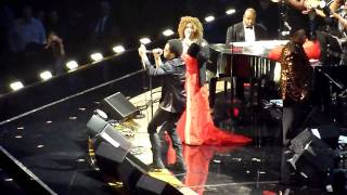 Aretha Franklin & Lenny Kravitz - 30/10/2009 HD: Freedom
