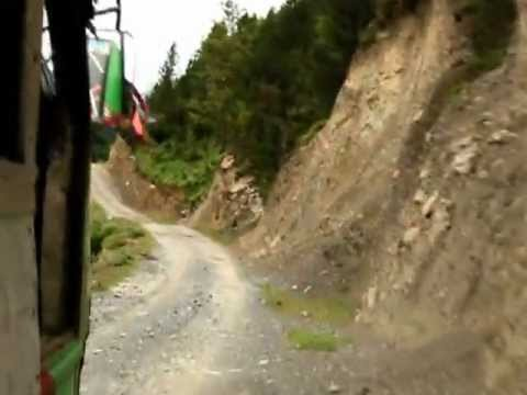 Crazy bus drive between Jomsom and Beni