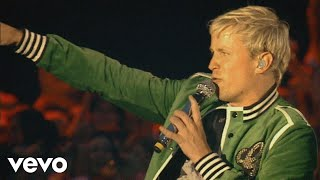 Westlife - Let Me Entertain You (Live At Croke Park Stadium)
