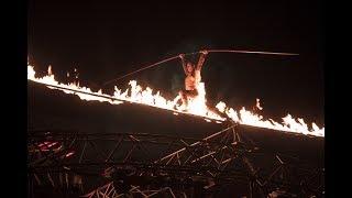 it's HOT ! high-wire walker on fire ! Fire-Wire /Jade