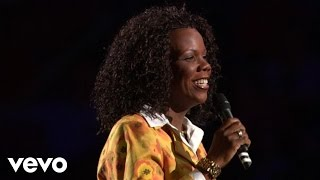 Lynda Randle - Walk With Me, Lord (Live)