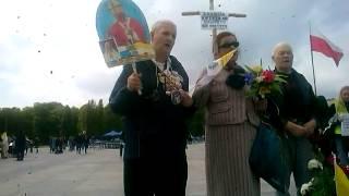 Ulubiona pieśń Jana Pawła II w Wykonaniu obrońców krzyża,,Barka''