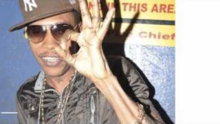 Vybz Kartel   Don't move Yung riddim 2011 Lyrics