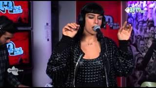 Sevdaliza - Backseat Love Live bij 3voor12 Radio