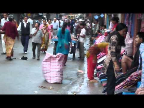 ネパール、パタンの朝市の風景 – Morning Market in Patan, Nepal
